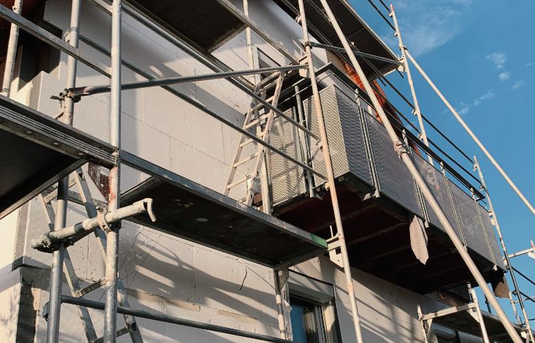 fritz sanieren renovieren haus sanieren altbau sanieren fassade verputzen dämmung stuttgart holz und bautenschutz wdvs